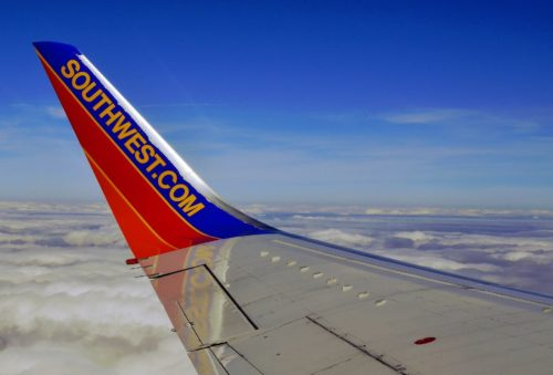 Southwest Airlines to Comply with Biden Vaccine 'Mandate' Over Texas Ban as Flight Cancelations Continue